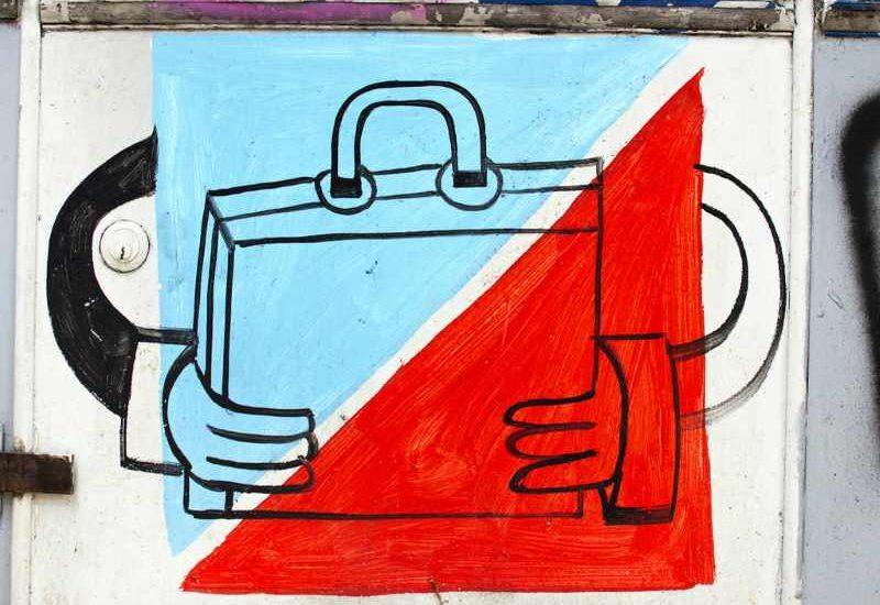 Auf dem Bild sind gezeichnete Hände zu sehen, die eine Tasche halten.